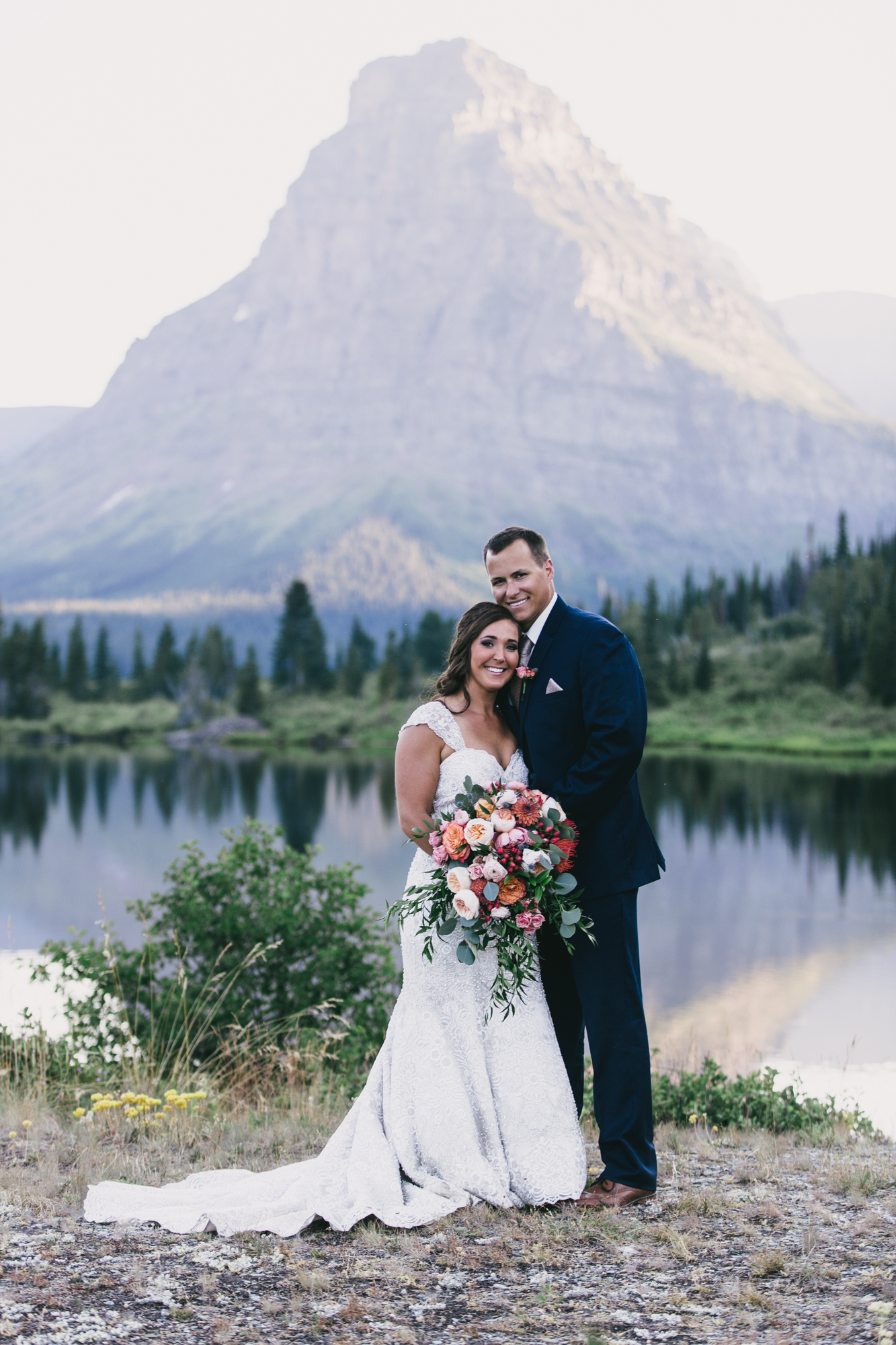 Jennifer_Mooney_Photo_Kelsey_Logan_East_Glacier_Wedding_00008.jpg