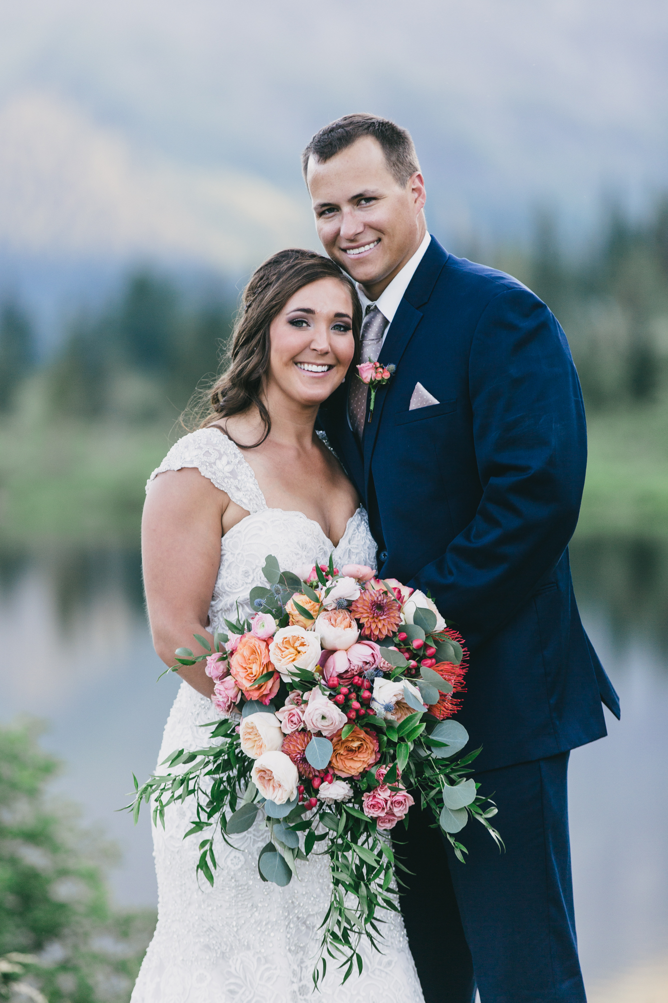 Jennifer_Mooney_Photo_Kelsey_Logan_East_Glacier_Wedding_00009.jpg