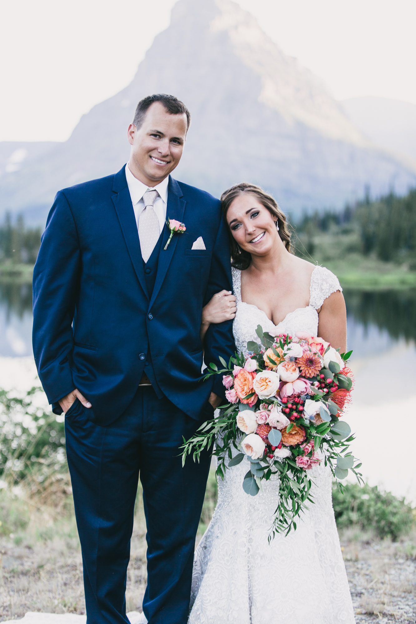 Jennifer_Mooney_Photo_Kelsey_Logan_East_Glacier_Wedding_00012.jpg