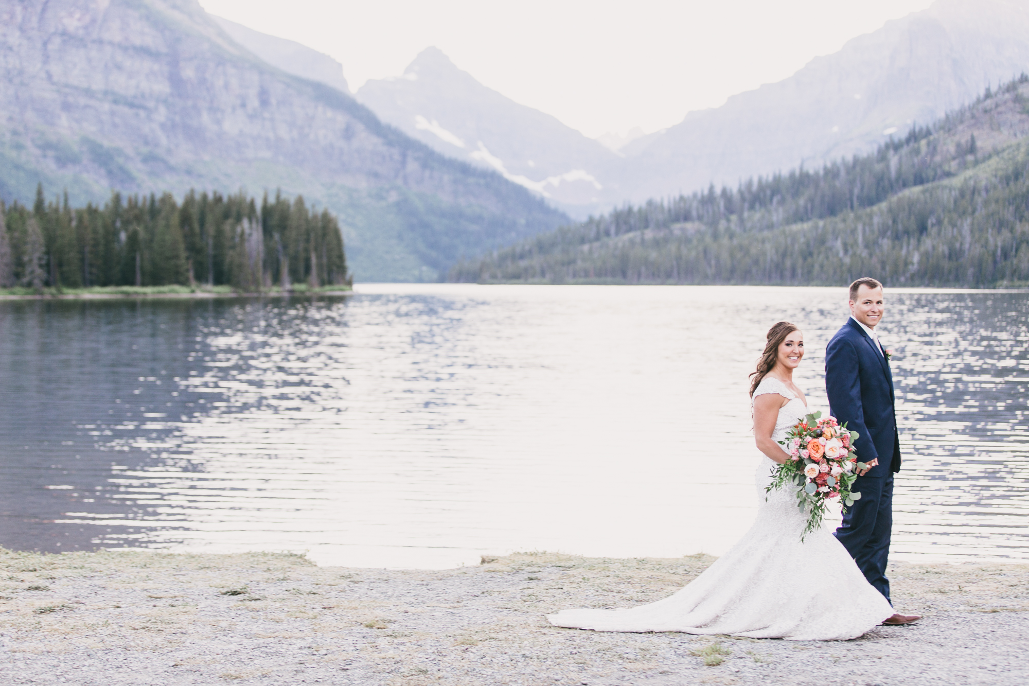 Jennifer_Mooney_Photo_Kelsey_Logan_East_Glacier_Wedding_00021.jpg