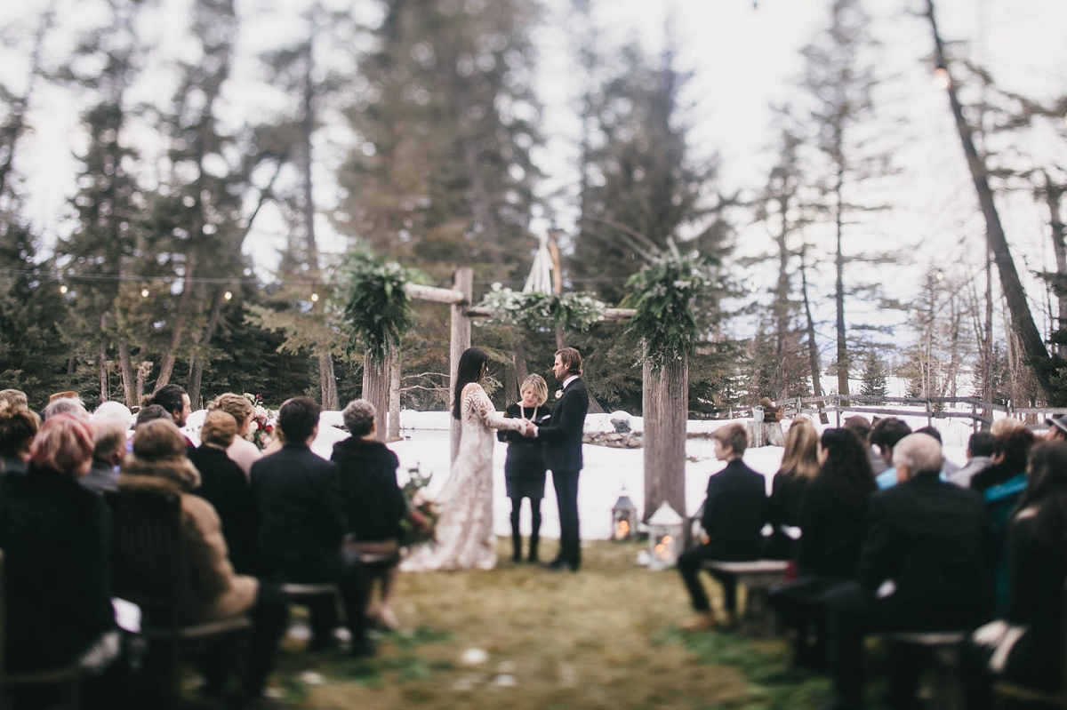 Jennifer_Mooney_Photography_Montana_45_Elegant_Winter_Wedding__027.jpg