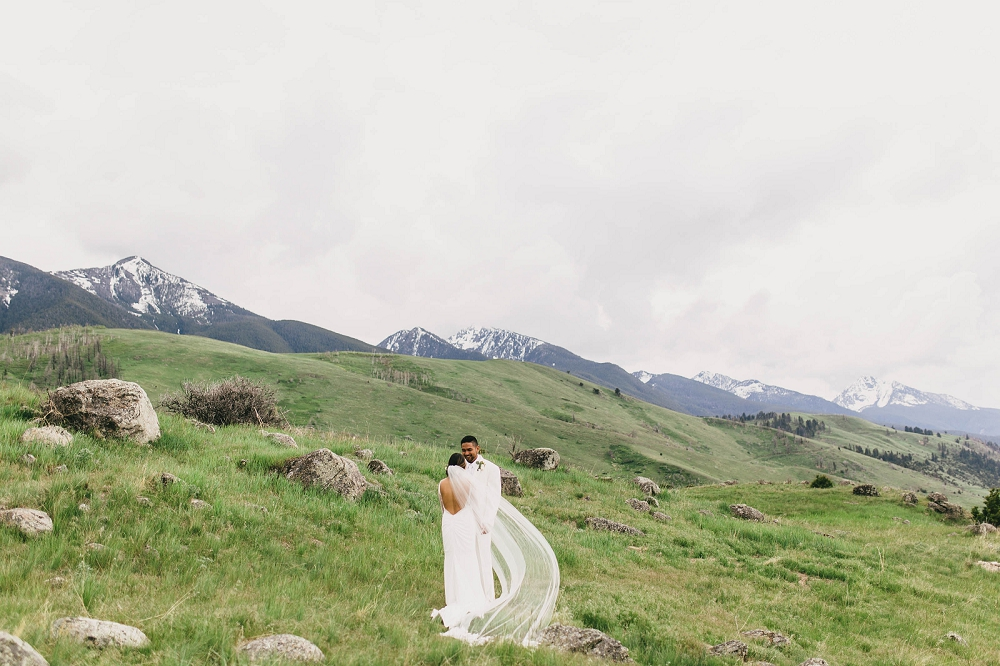 Jennifer_Mooney_Photography__Elegant_Bozeman_Montana_Wedding_067.jpg
