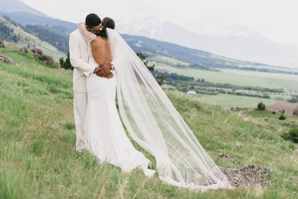 Jennifer_Mooney_Photography__Elegant_Bozeman_Montana_Wedding_068.jpg