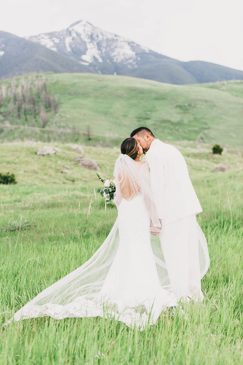 Jennifer_Mooney_Photography__Elegant_Bozeman_Montana_Wedding_069.jpg