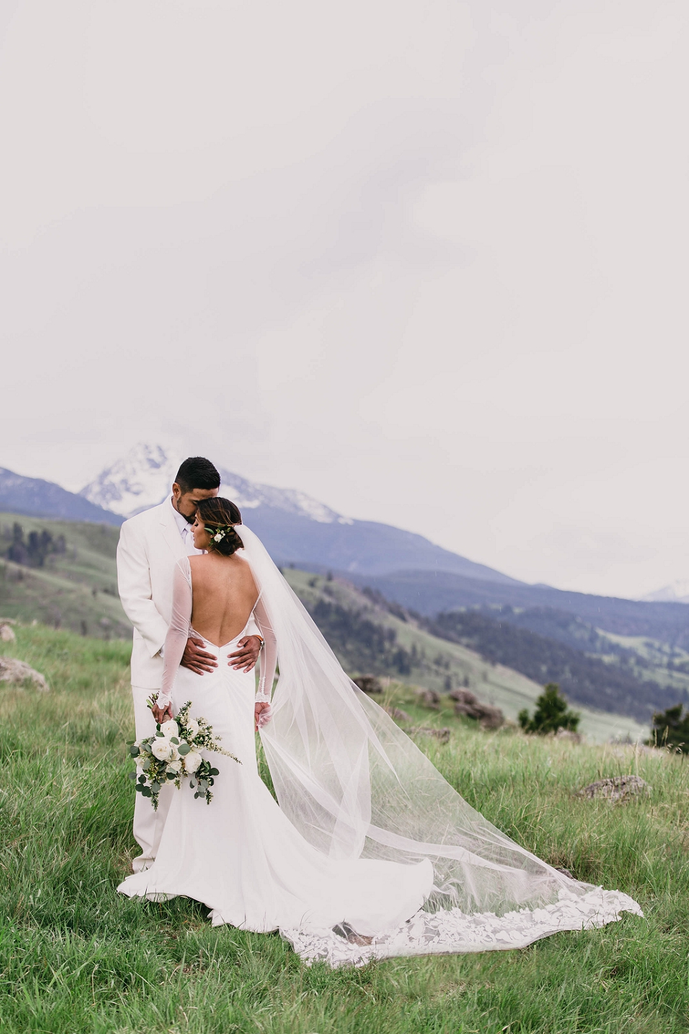Jennifer_Mooney_Photography__Elegant_Bozeman_Montana_Wedding_078.jpg