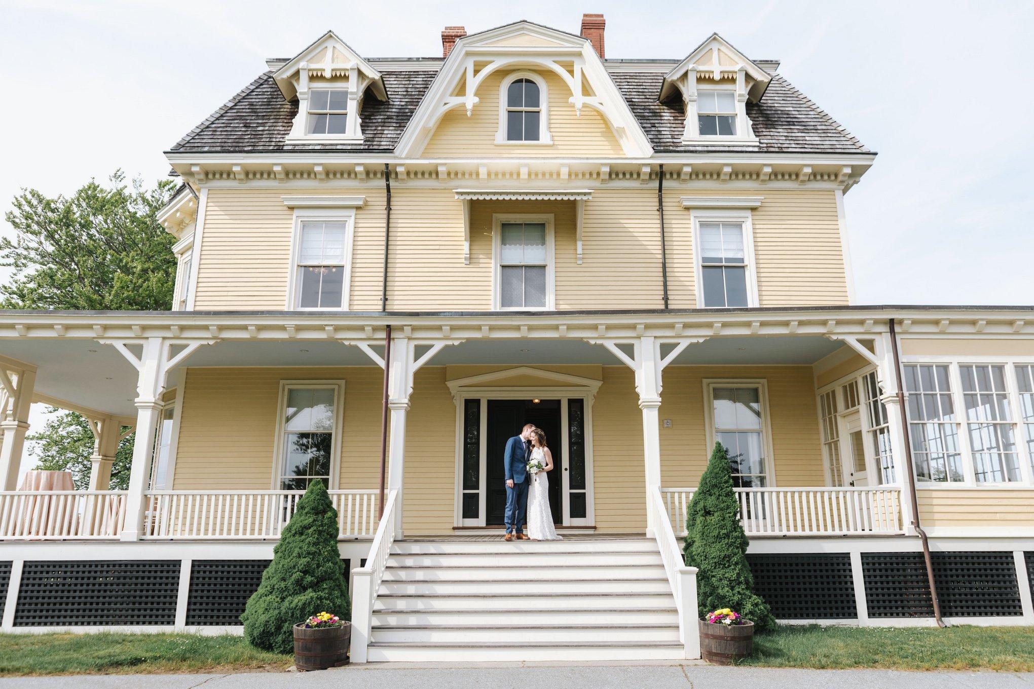 Eisenhower-House-Photographer-Newport-Wedding-17.jpg