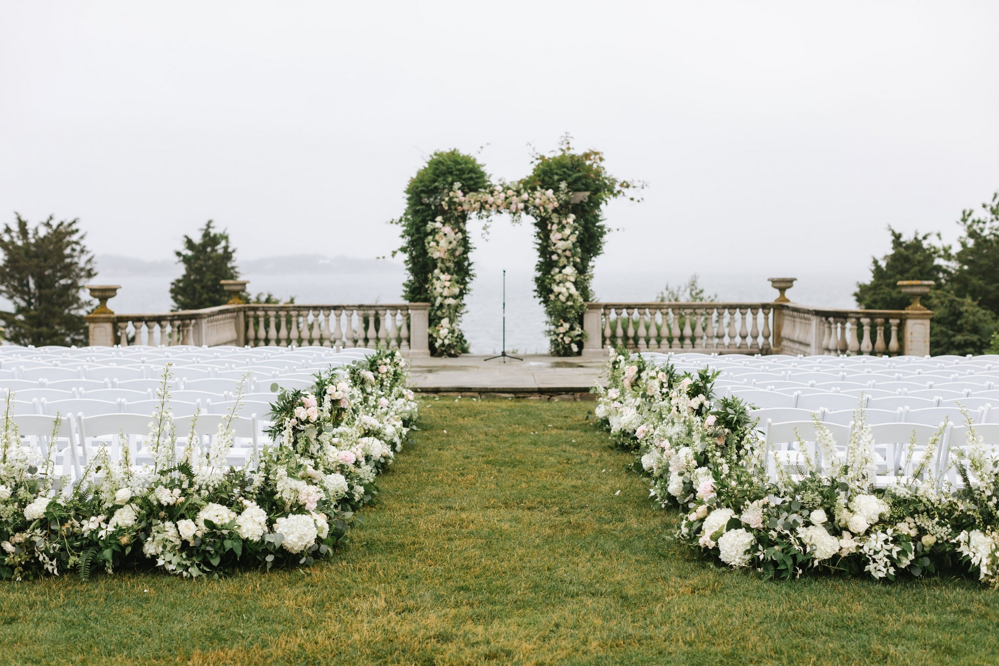Castle-Hill-Inn-Newport-Wedding-22.jpg