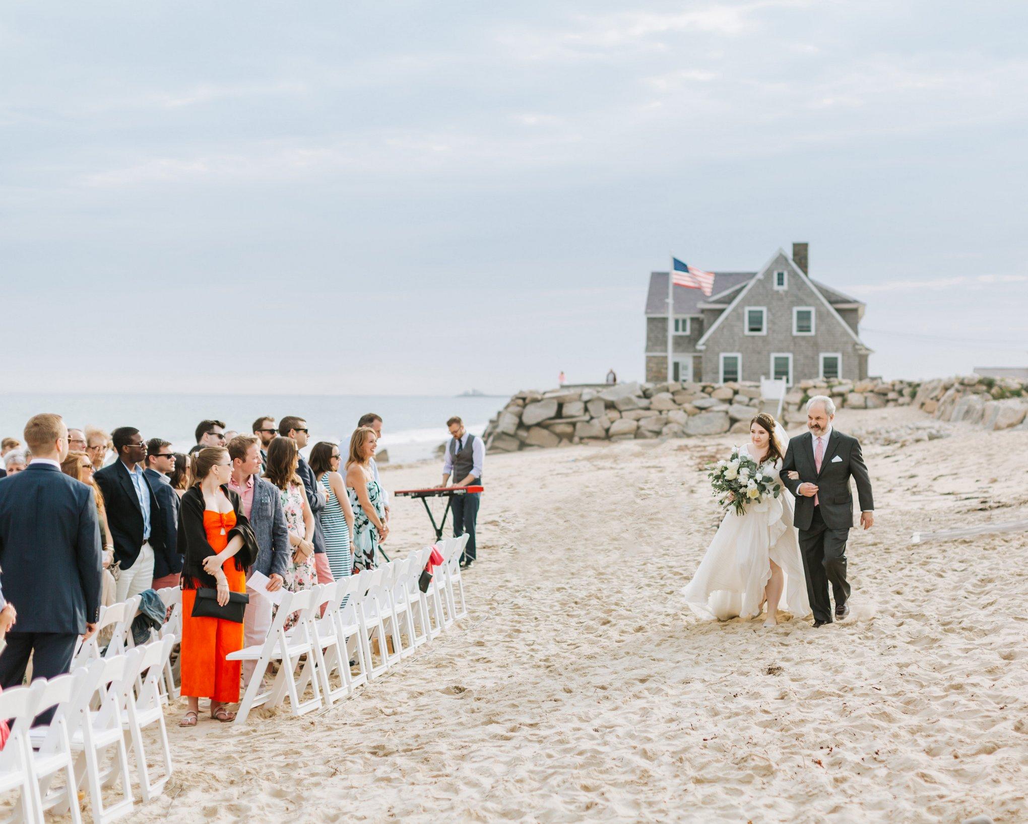Newport-Wedding-Backyard-Photographer-17.jpg
