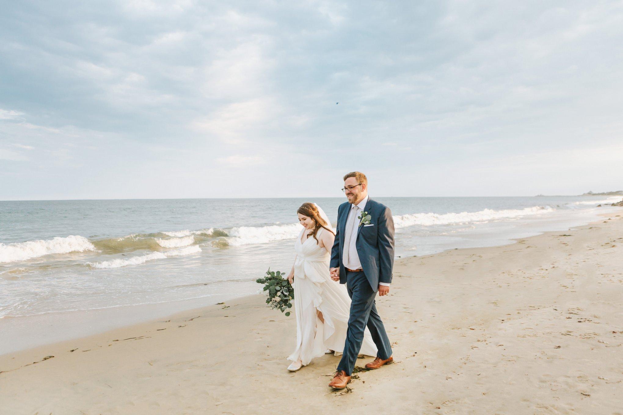 Newport-Wedding-Backyard-Photographer-24.jpg