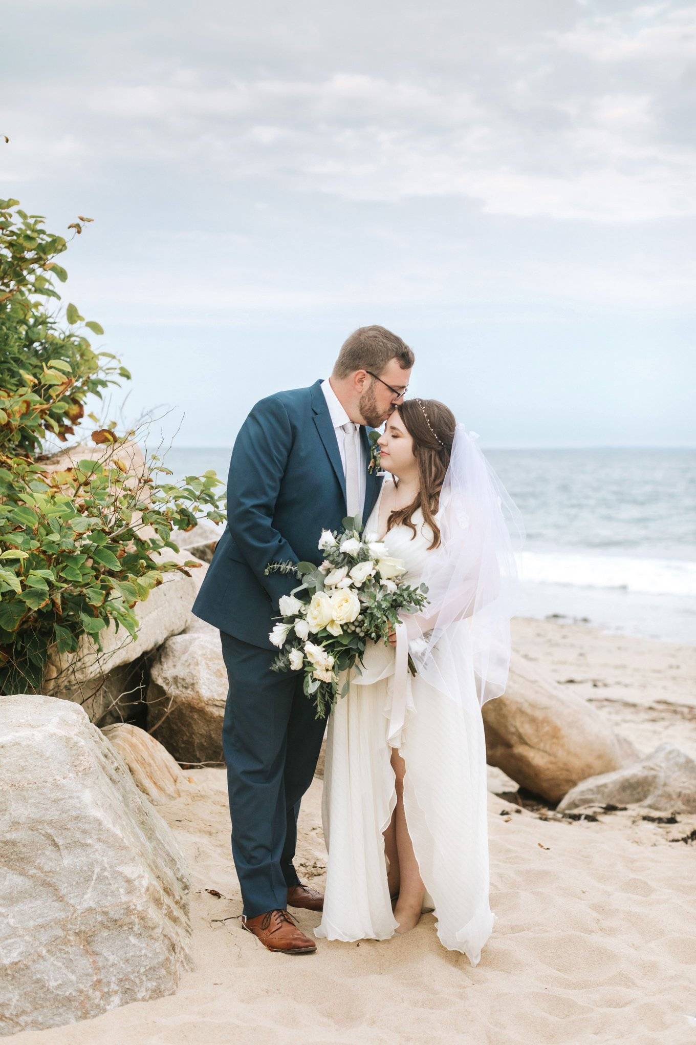 Newport-Wedding-Backyard-Photographer-25.jpg