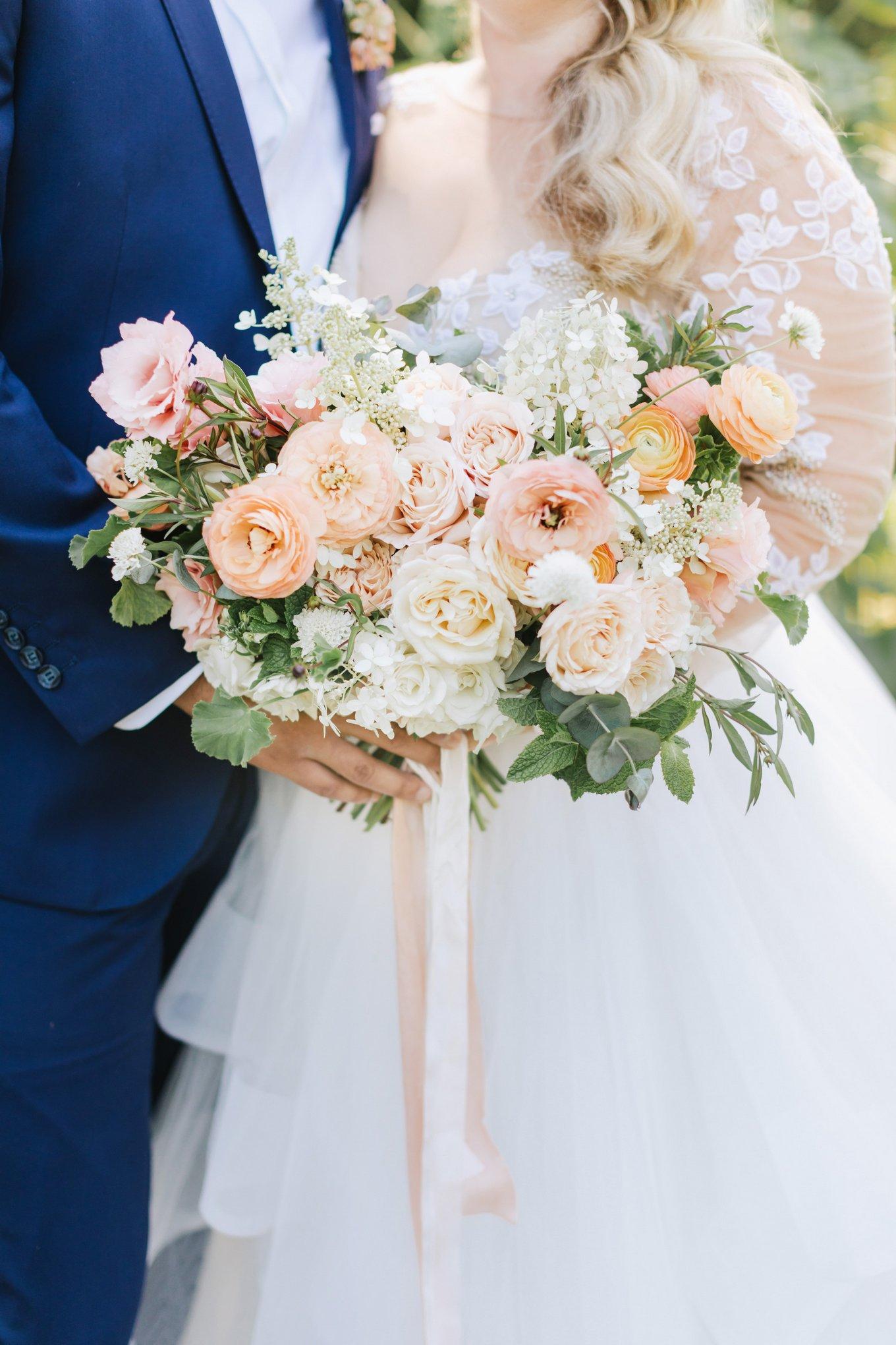 Marthas-Vineyard-Wedding-Photographer-Beach-Plum-Inn-15.jpg