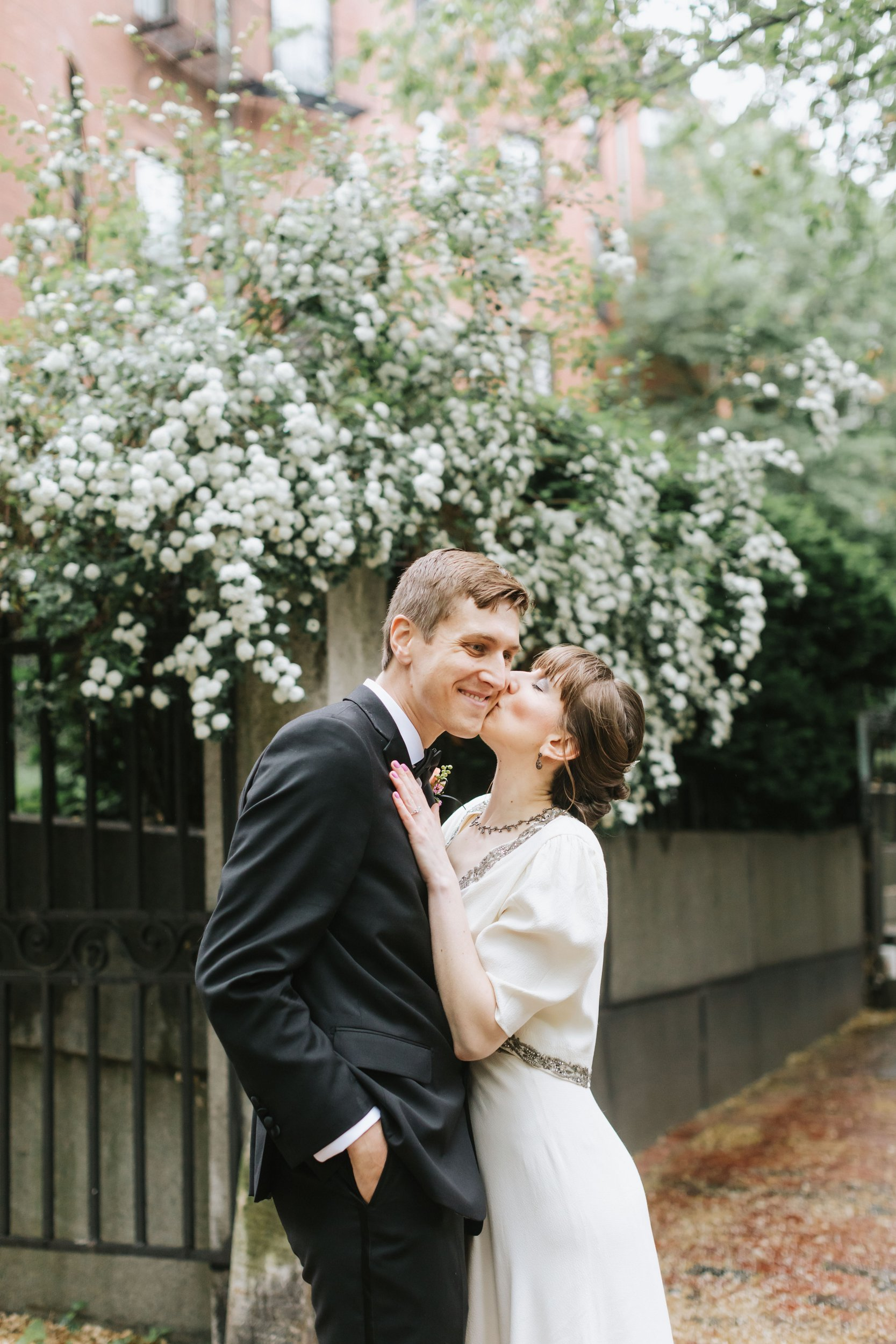 Boston-Public-Garden-Wedding-Vintage-Lena-Mirisola-14.JPG