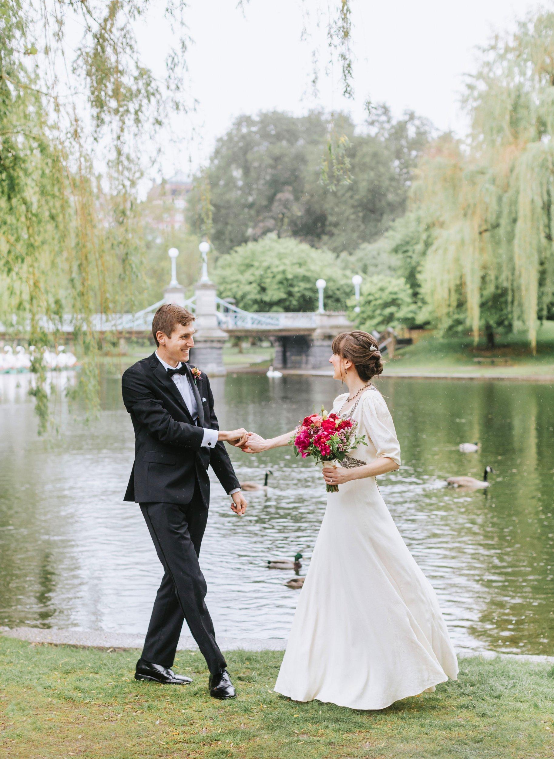 Boston-Public-Garden-Wedding-Vintage-Lena-Mirisola-7.JPG