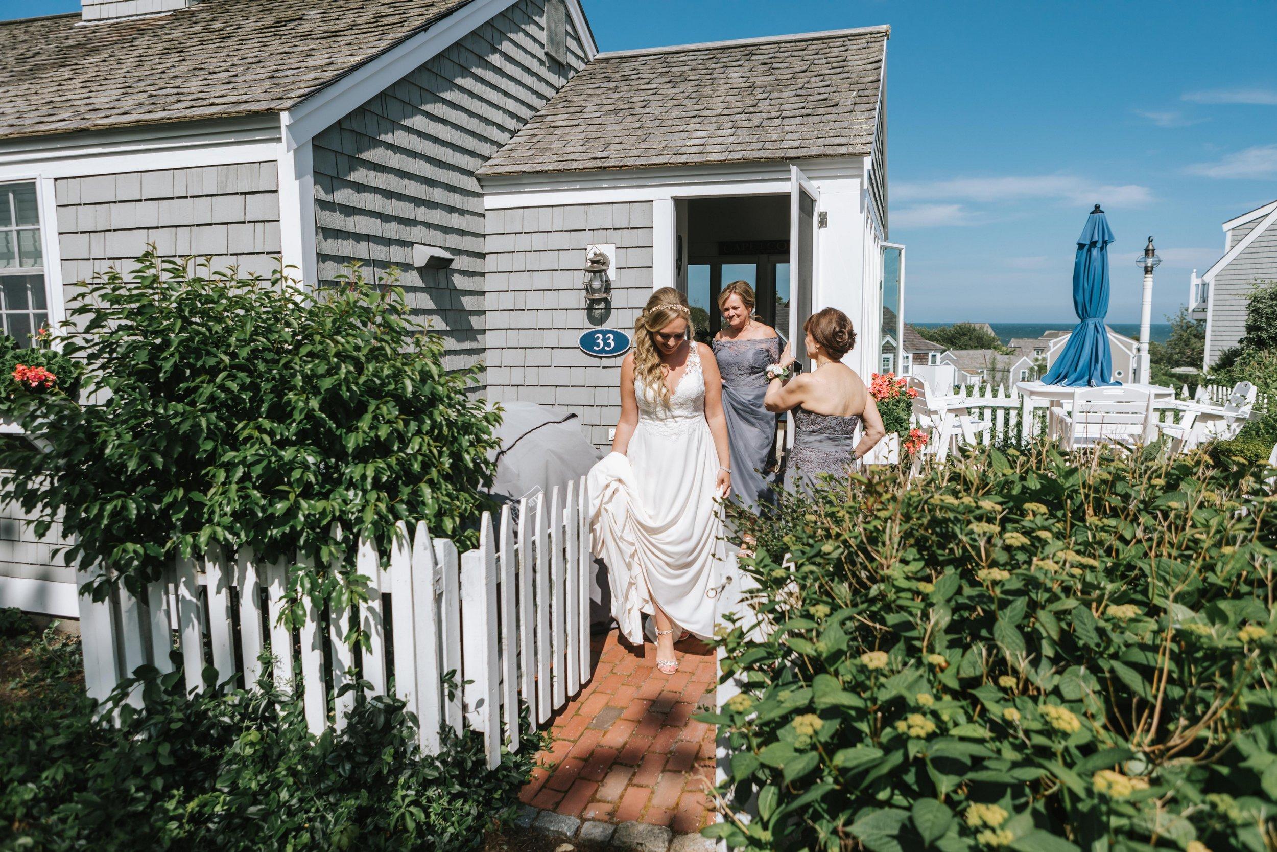 Popponesset-Inn-Wedding-Cape-Cod-Lena-Mirisola-Photography-10.jpg