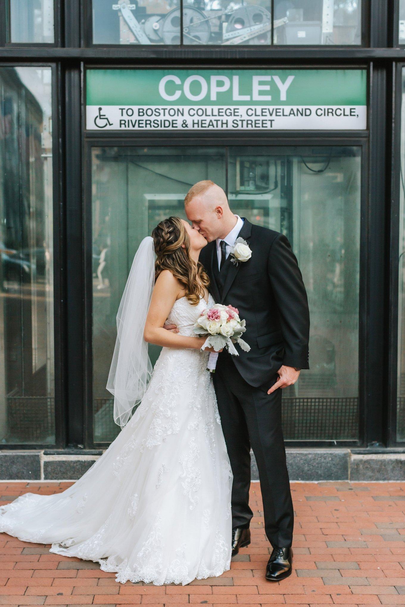 Boston-Marriott-Long-Wharf-Copley-Wedding-15.jpg