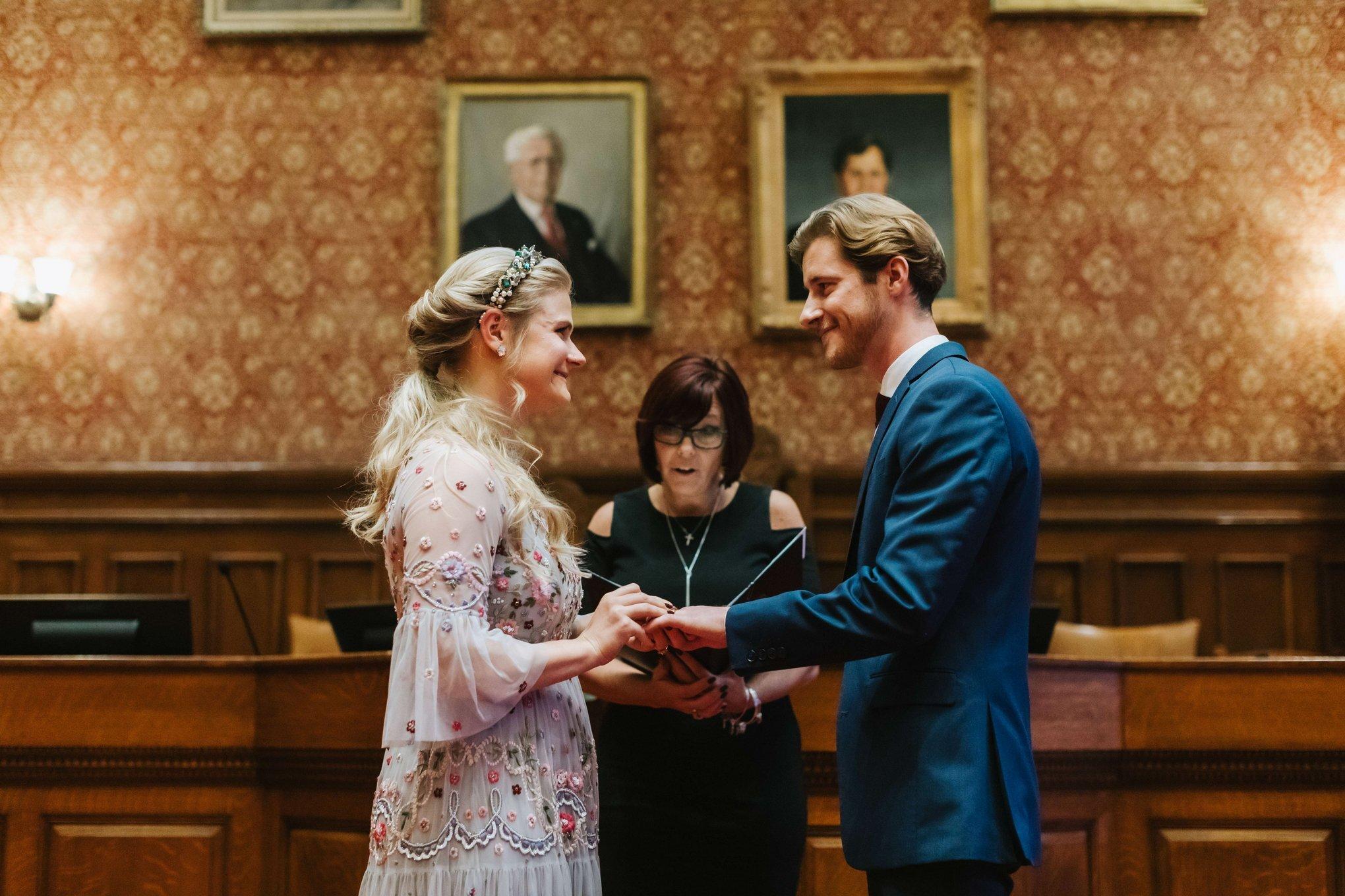Cambridge-City-Hall-Wedding-Photographer-004.JPG