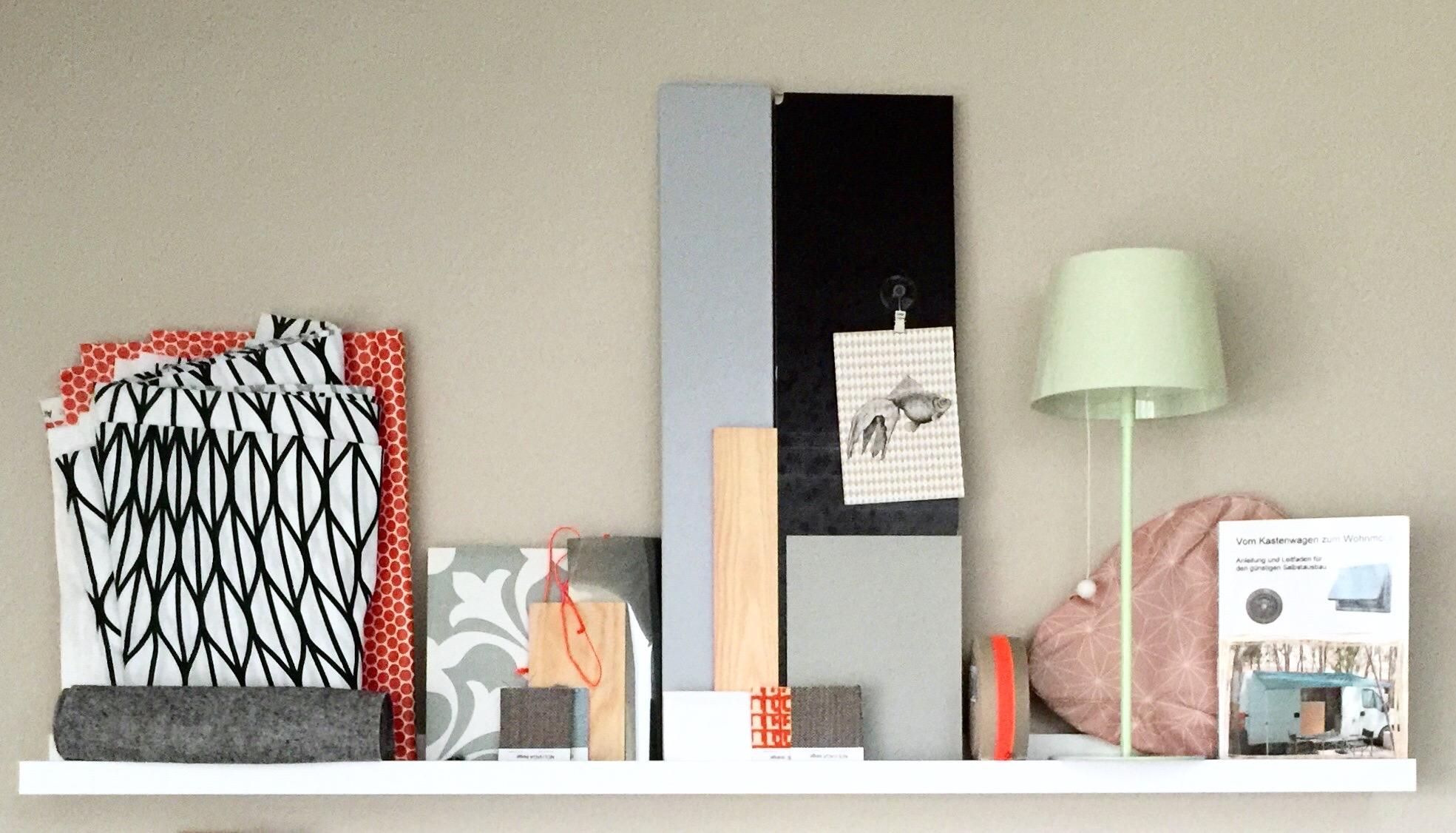 Eine erste Zusammenstellung von Farb- und Materialmustern...