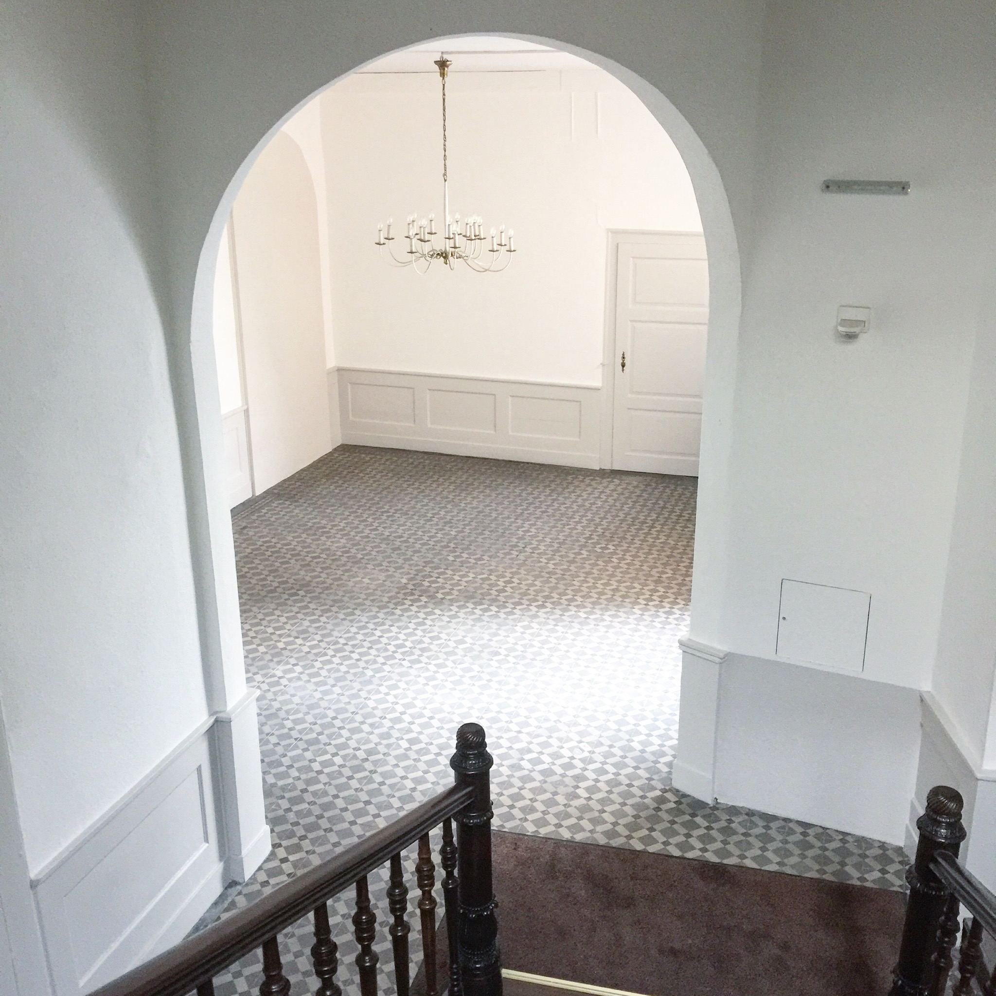 Auch hier wieder ein wunderschöner Zementfliesenboden in einem Braunschweiger Treppenhaus
