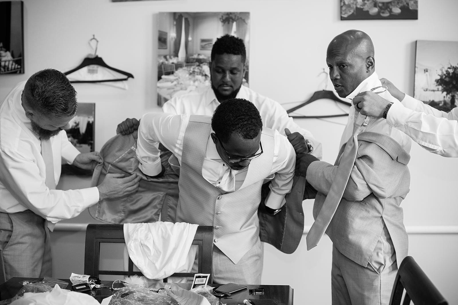 BenYahudah Wedding- Getting Ready-Eli-7.jpg