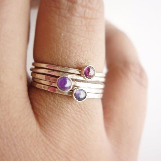 3 stones rings.png
