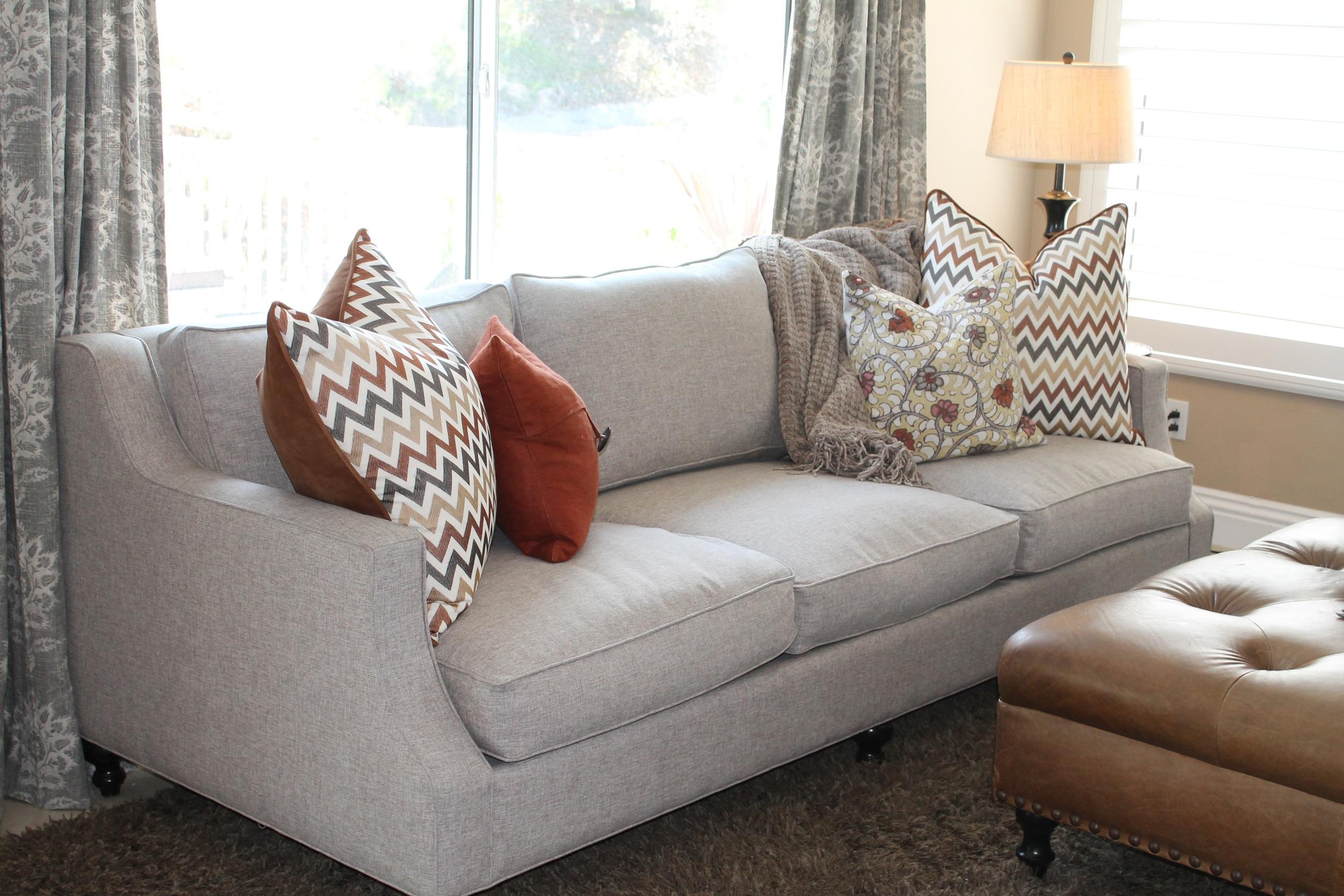 couch koshko2.jpg