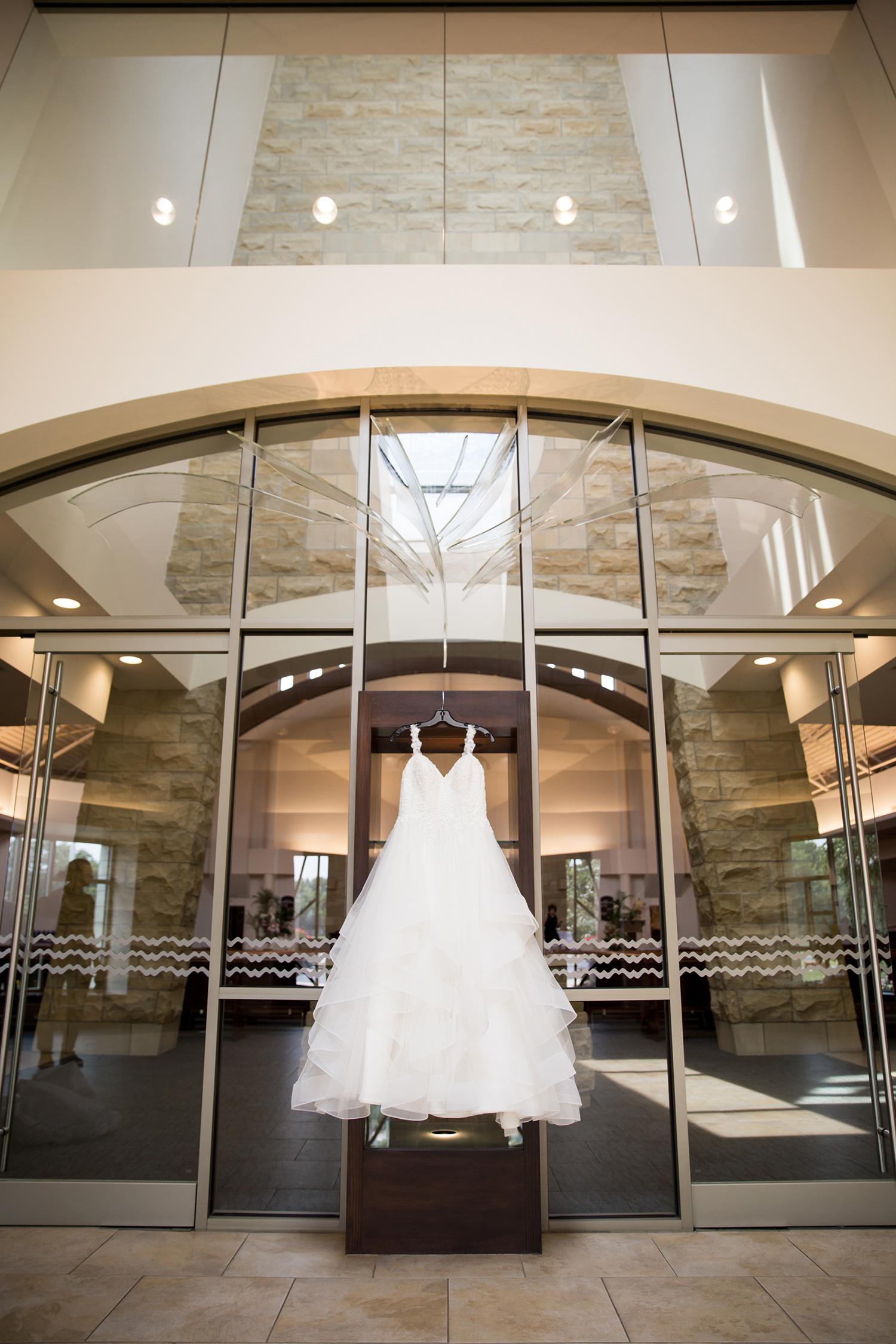 Red Photographic_Cleveland_Wedding_URIG_5.jpg