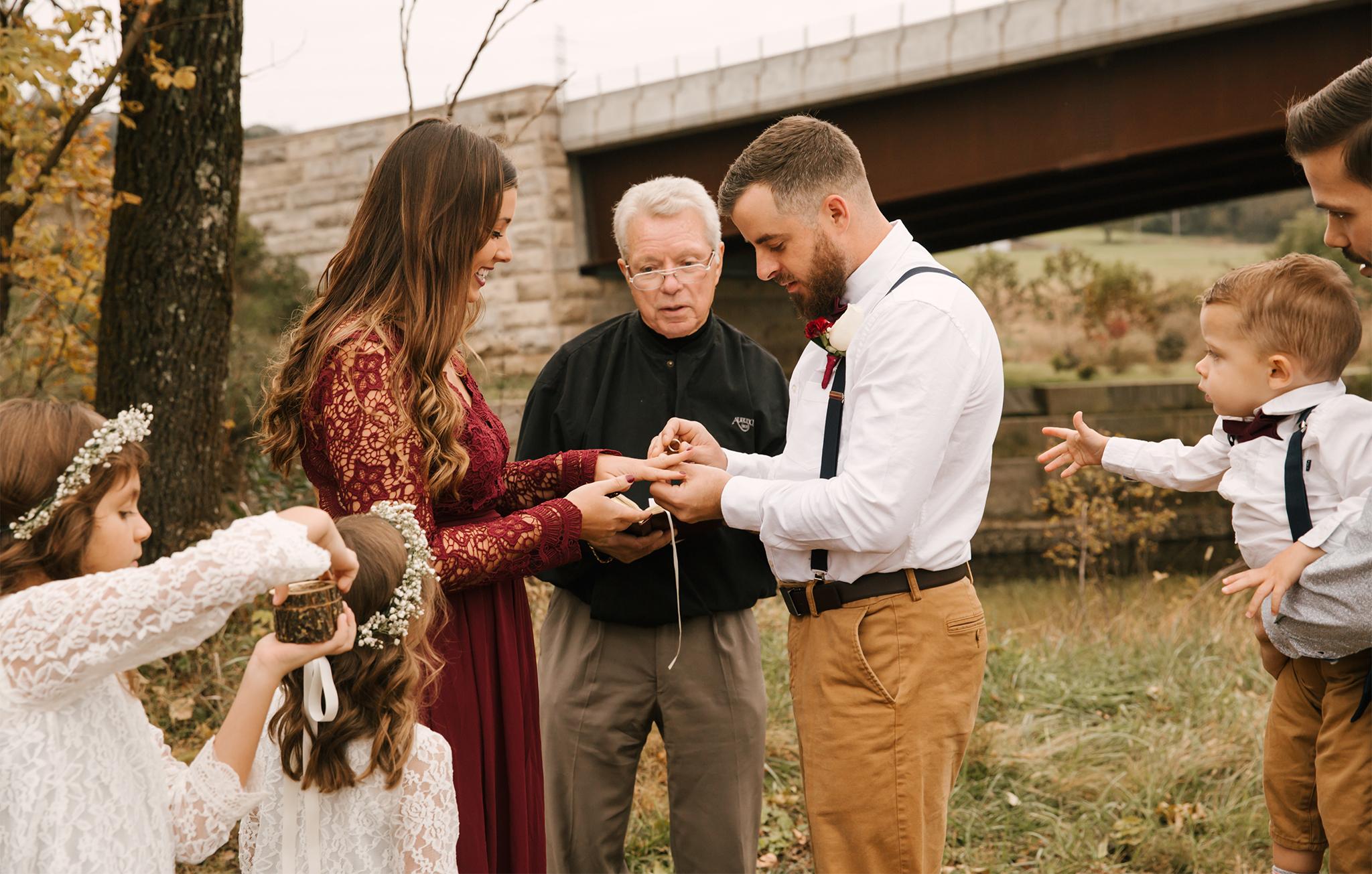 Red-Photographic-Wedding-Kentucky-Cisar-17.JPG