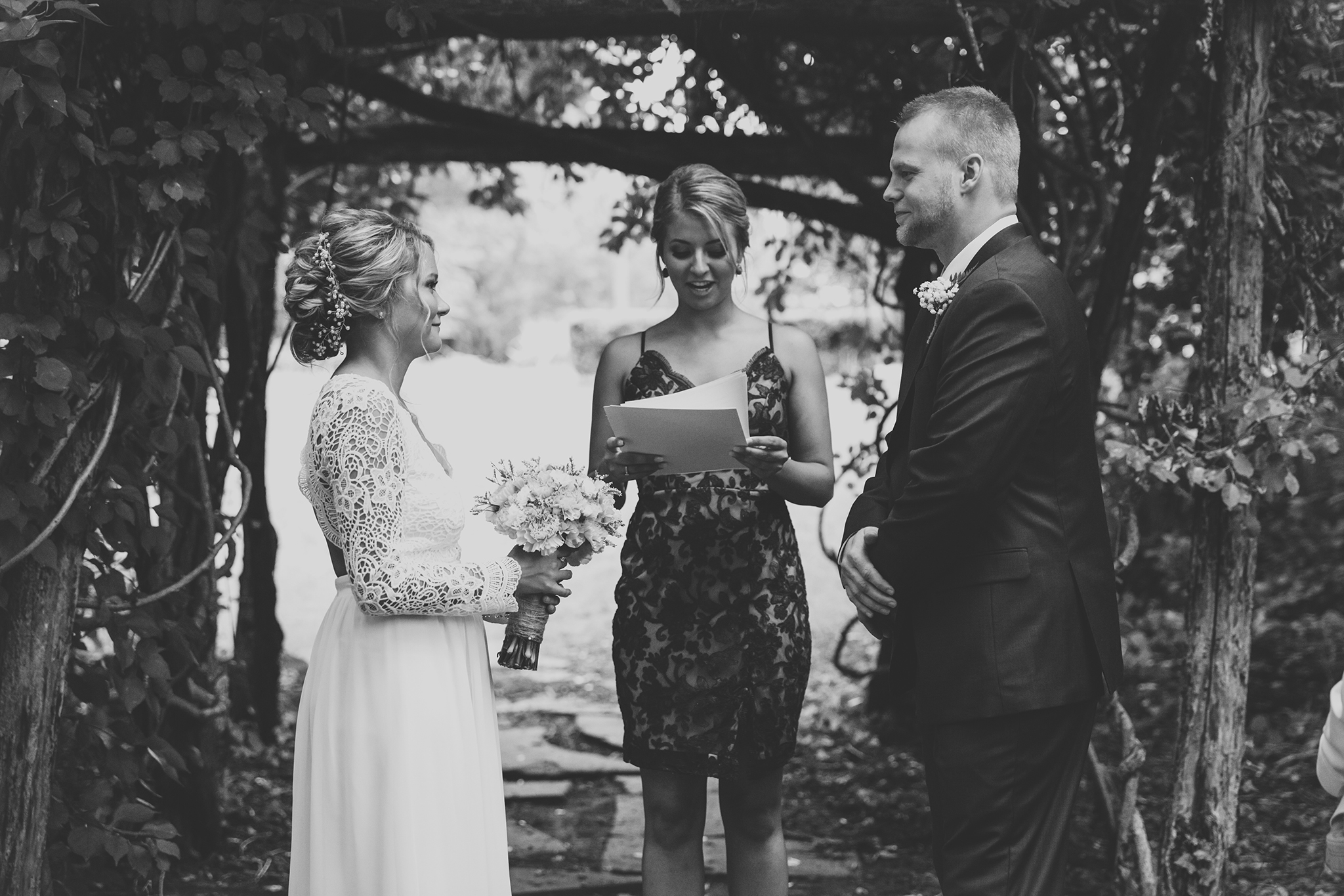 Red-Photographic-OHIO-SUMMER-WEDDING-KANDIS30.jpg