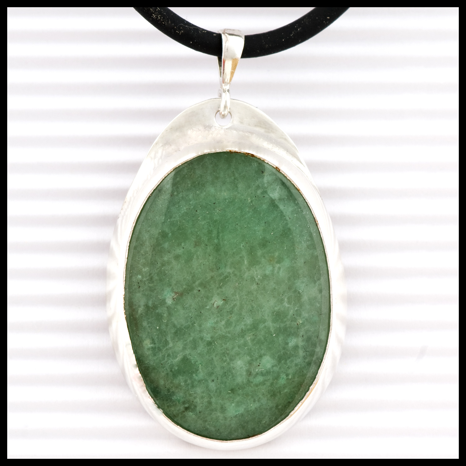 Green aventurine and sterling silver pendant