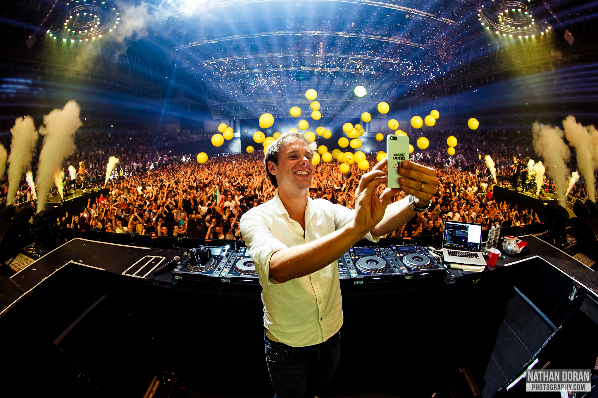 2014-06-07_ ARMIN ONLY (2nd Show)-555.jpg