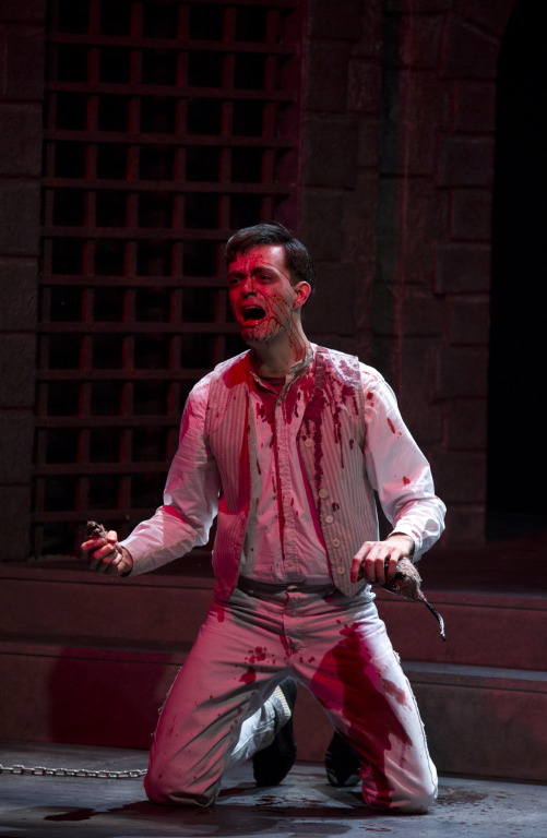 Dracula  by Steven Dietz, directed by Gregory Funaro, East Carolina University, Greenville, NC, 2013. © Jay Clark.