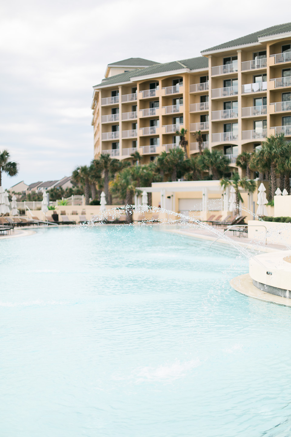 Picture of the pool deck at the Omni Amelia Island Plantation Resort.
