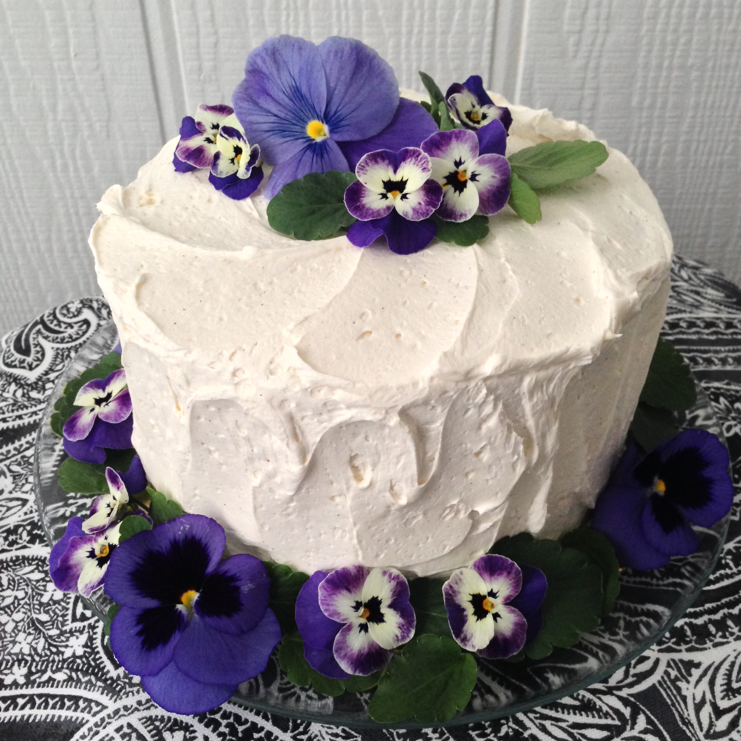 Photograph: Catherine G. Damewood, Purveyors of Fine Florals & Design   Vanilla Cake:  Decorated with pansies