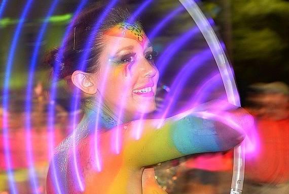 Mardi Gras 2014 Karina Hularina cropped