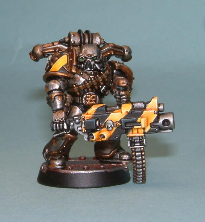 iron warrior haevy weapon 2.JPG