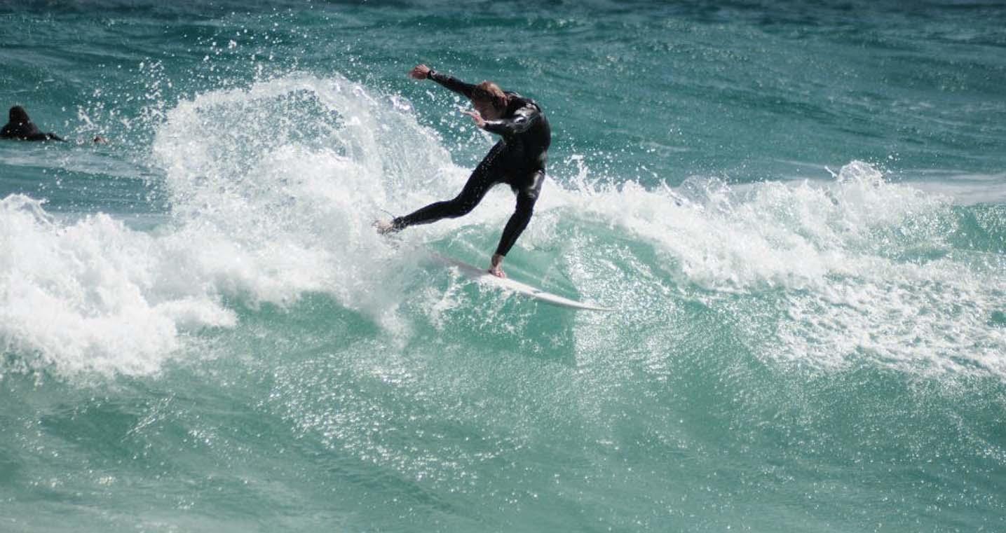Surfing 2.jpg