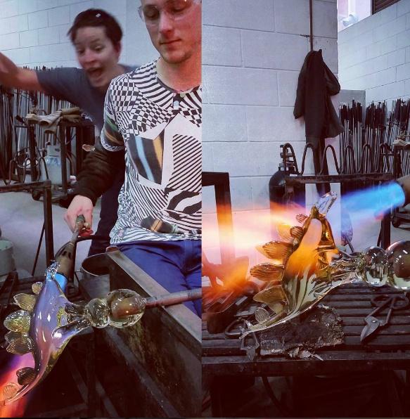 Making the glass stegosaurus