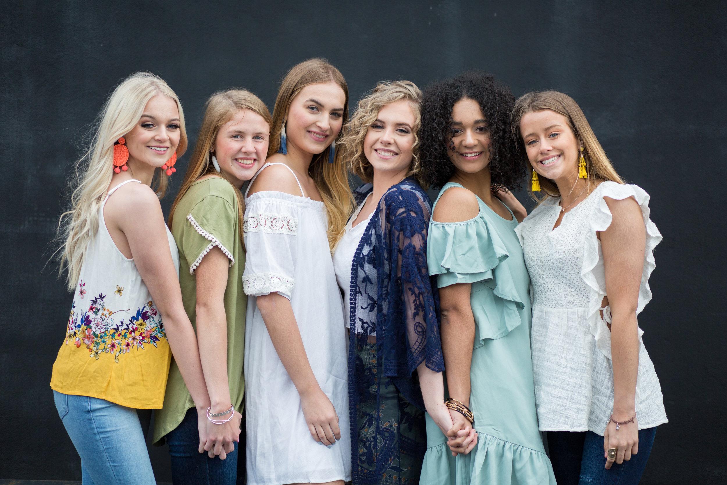 Pretty Team 20's Spring Fashion Photo Shoot, featuring Black & Bush Boutique's clothing line