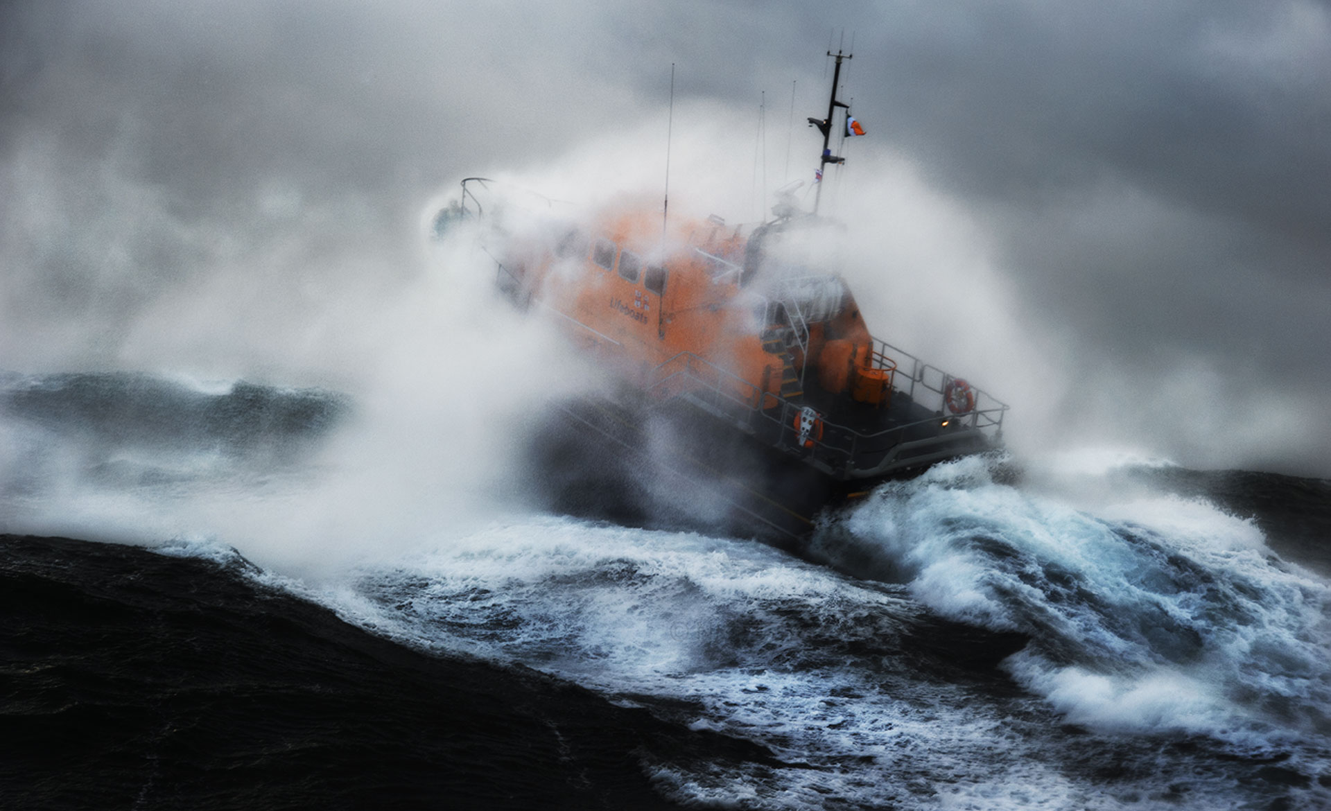 lifeboat-finisterre-goodfromyou-23.jpg