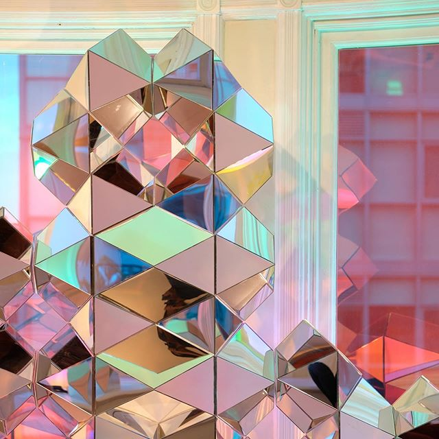 ⁣Hanging out with 'Connect' #beyondthesurface2019 @gladstonehotel — come check it out if you haven't already! ⠀⠀⠀ ⠀ ⠀ 📷 captured by the super talented ⁣@samexeeson⠀ ⠀⠀ #design #architecture #art #installation #sacredgeometry #islamicgeometry #parametricarchitecture #digitalfabrication #azuremagazine #torontolife #dlloves19 #blogto #cutmr2019 #designtofestival #torontoart #torontodesigner #nofilter #designIRL @design @islamicartsmagazine @sharjahart @all_desiign ⠀