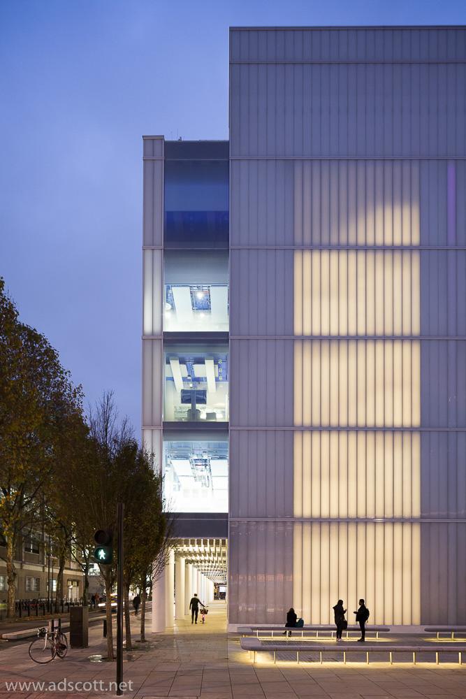 AdamScott_Sainsbury_Wellcome_Centre_Ian_Ritchie_Architects_02