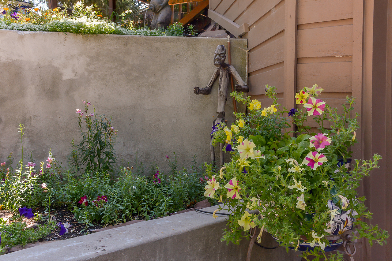 Front garage flower bed