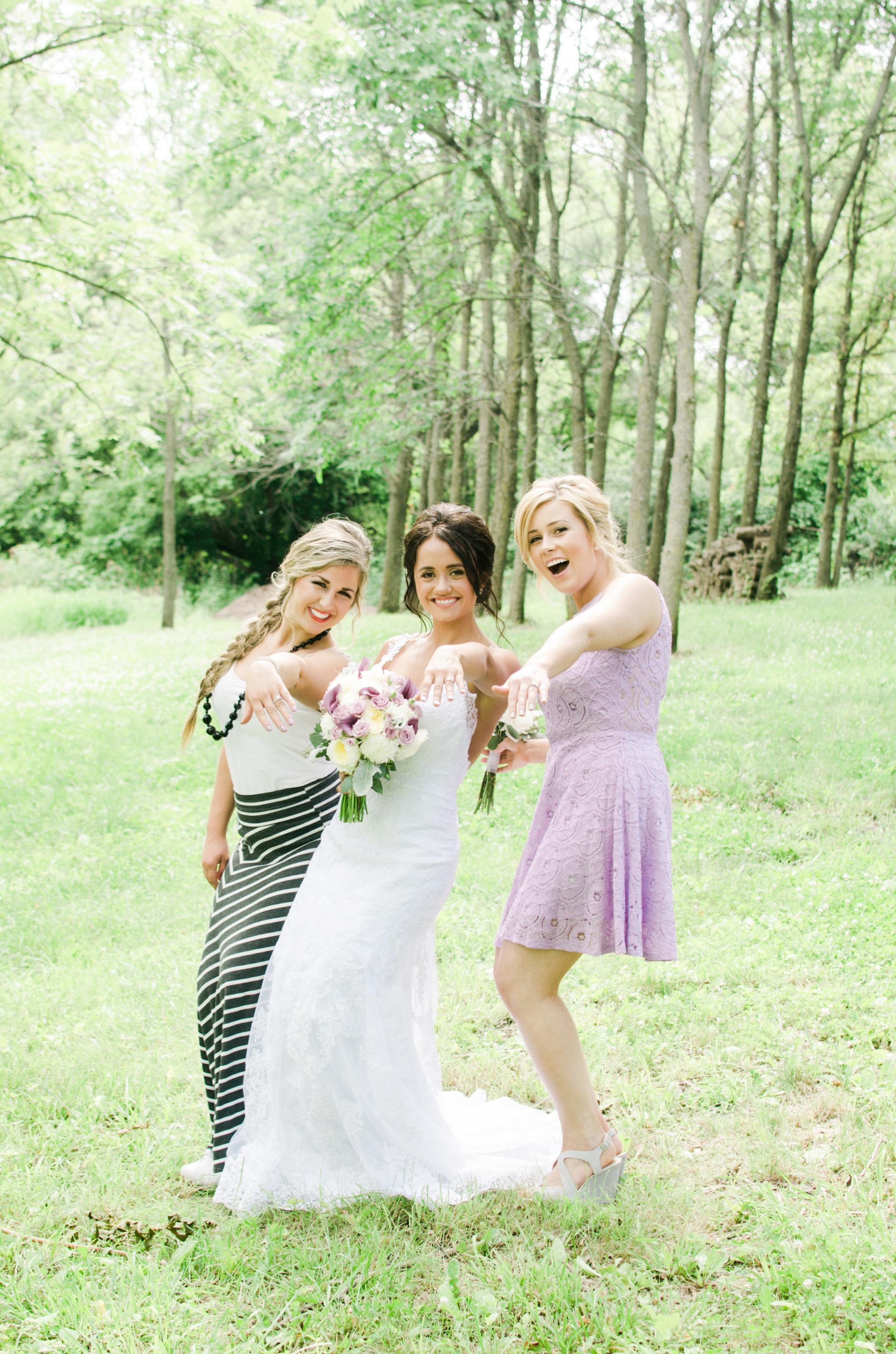 Barnes' Place Rustic Outdoor Wedding | Ali Leigh Photo Minneapolis Wedding Photographer_0116.jpg