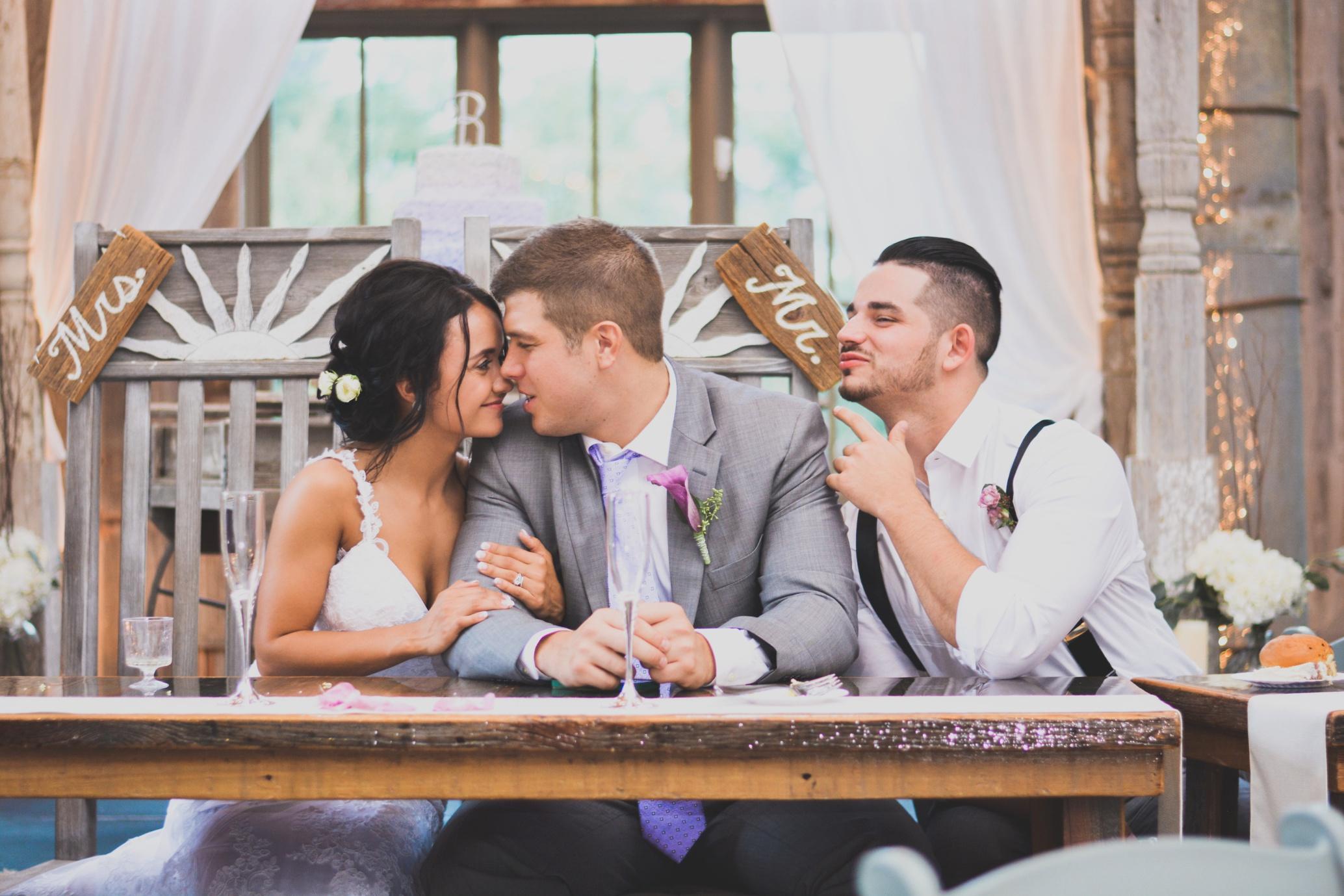 Barnes' Place Rustic Outdoor Wedding | Ali Leigh Photo Minneapolis Wedding Photographer_0137.jpg