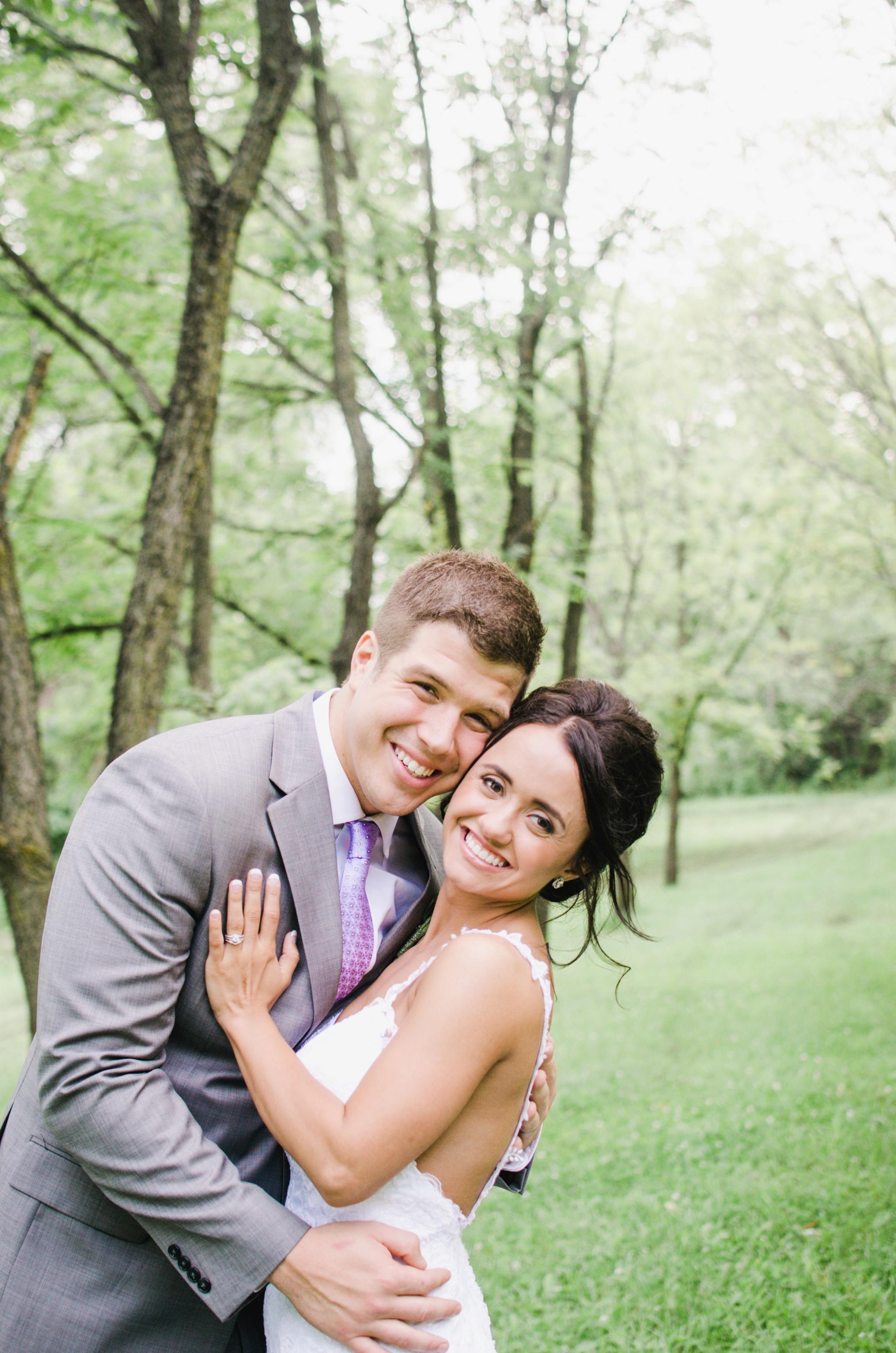 Barnes' Place Rustic Outdoor Wedding | Ali Leigh Photo Minneapolis Wedding Photographer_0154.jpg