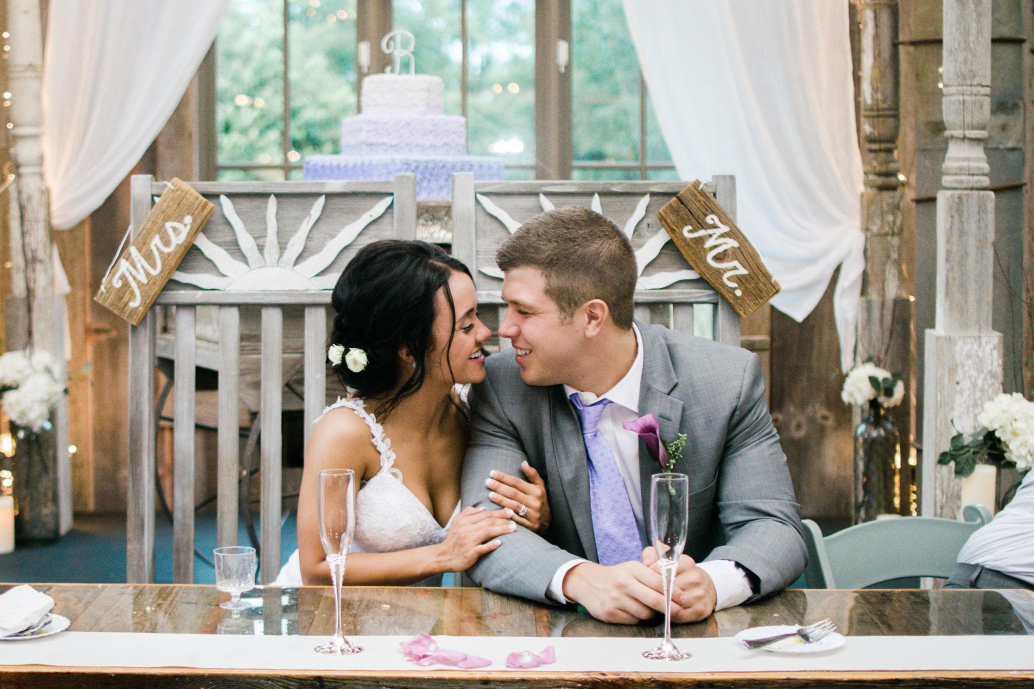 Barnes' Place Rustic Outdoor Wedding | Ali Leigh Photo Minneapolis Wedding Photographer_0167.jpg