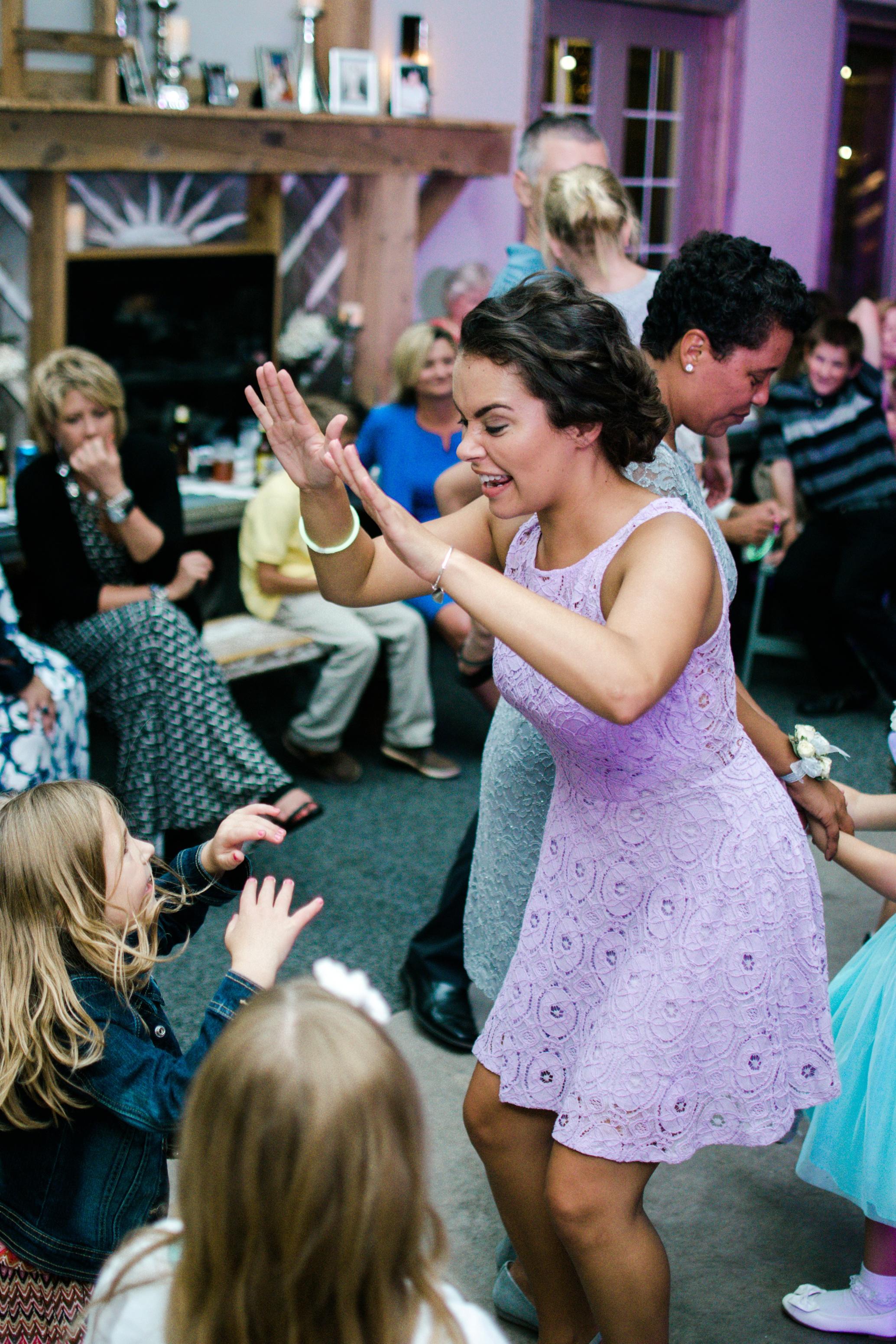 Barnes' Place Rustic Outdoor Wedding | Ali Leigh Photo Minneapolis Wedding Photographer_0181.jpg