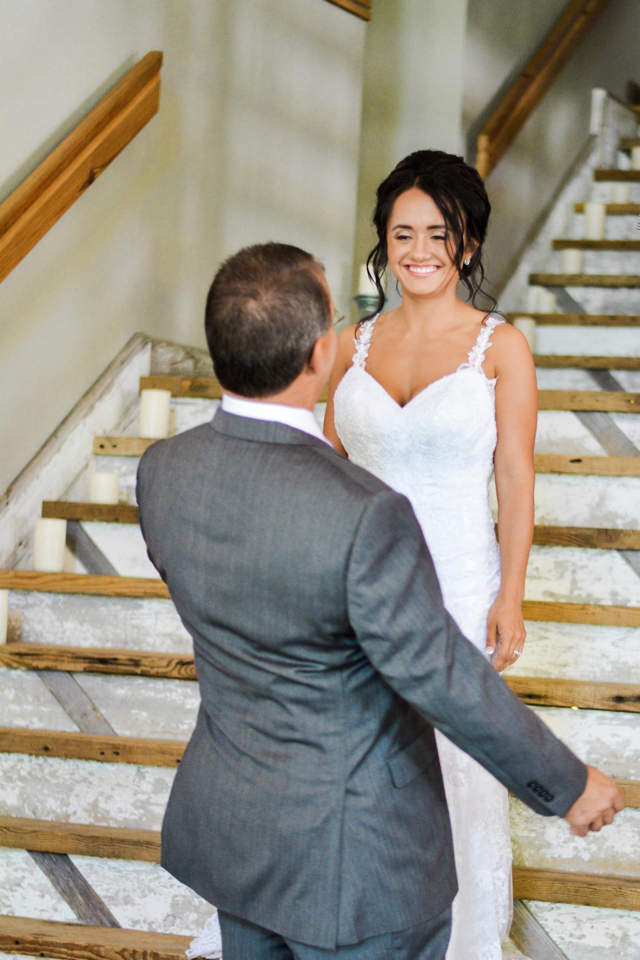 Barnes' Place Rustic Outdoor Wedding | Ali Leigh Photo Minneapolis Wedding Photographer_0194.jpg