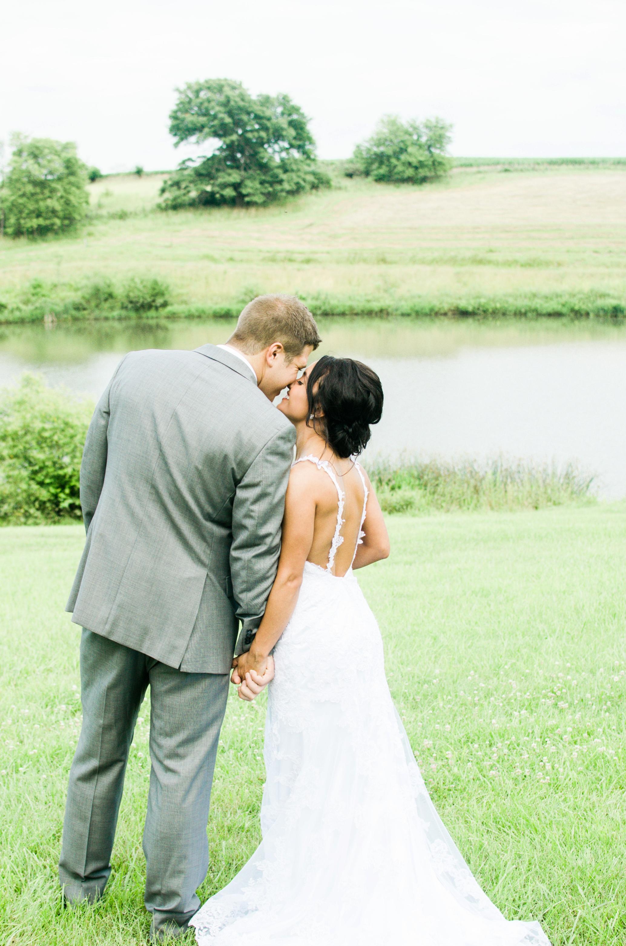 Barnes' Place Rustic Outdoor Wedding | Ali Leigh Photo Minneapolis Wedding Photographer_0199.jpg