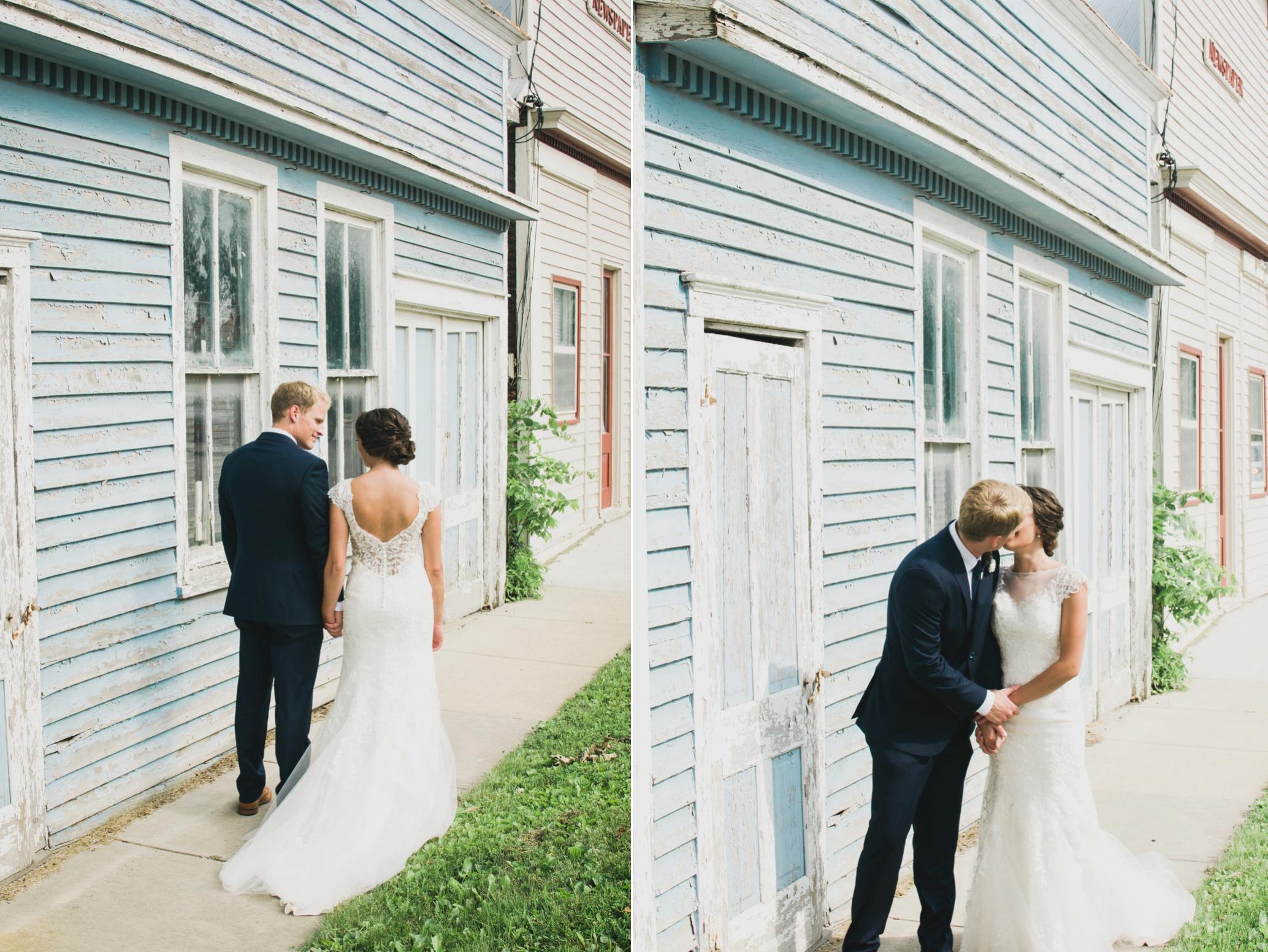 Palmer House and Stable Solon, IA | Ali Leigh Photo Minneapolis Wedding Photographer_0284.jpg